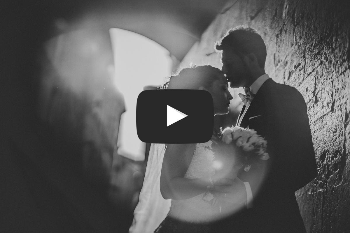 Ritratto con flare di Marco e Federica   Livio Lacurre Fotografo matrimonio Perugia