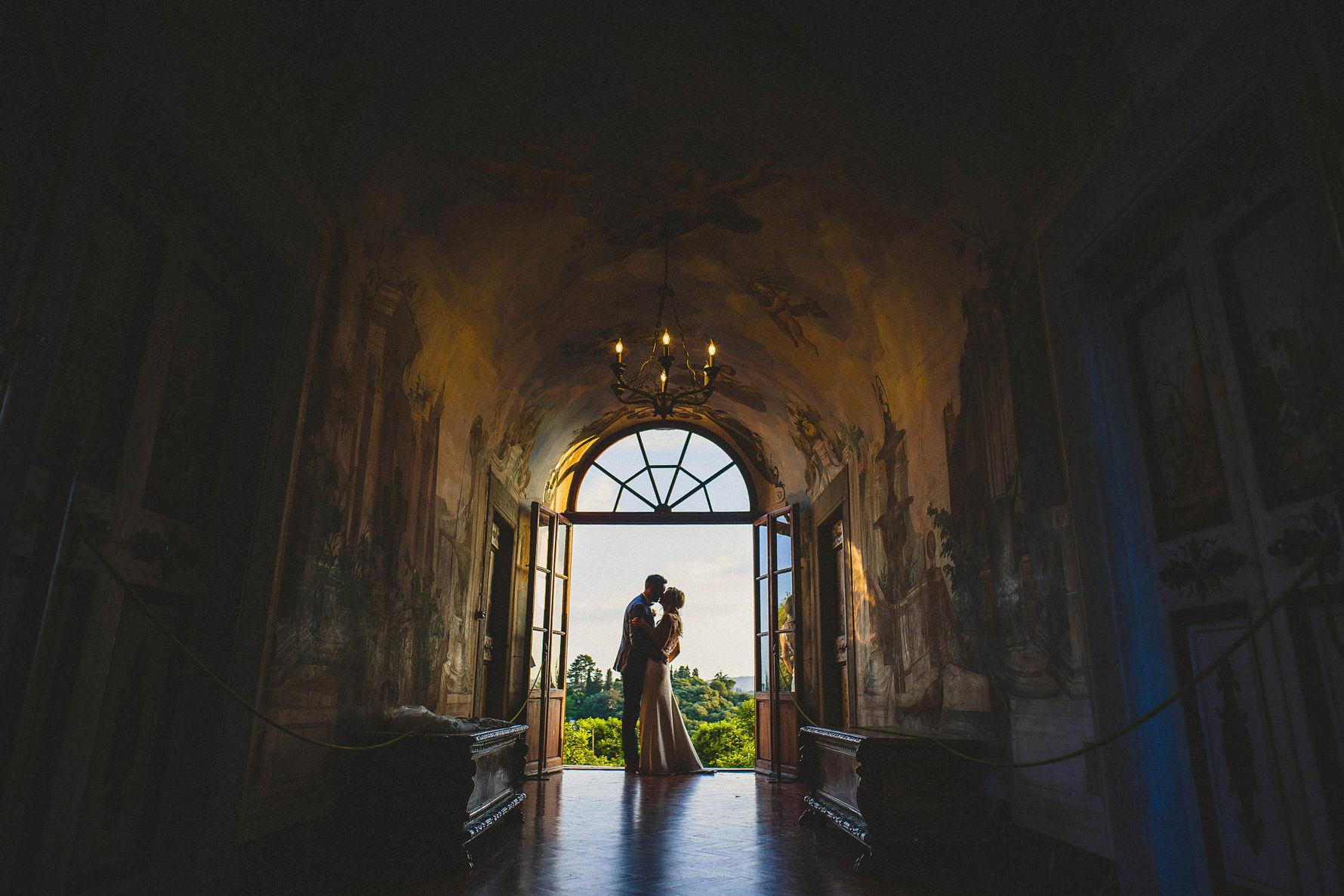 Livio-Lacurre-fotografo-di-matrimonio-firenze-villa-medicea-di-liliano